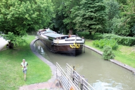 Canal du Midi, ship while passing a lock