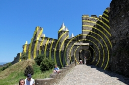 Carcassone, Cité, art installation