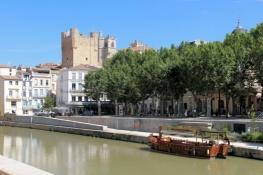 Narbonne, Canal de la Robine with Palais des archevêques