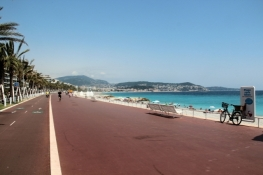 Bike path in Nice