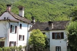 Prata, house covered with granite slabs