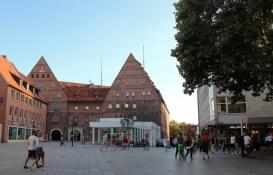 Ulm, am Münsterplatz