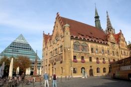 Ulm, Rathaus und neue Stadtbibliothek