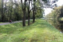 Radweg am Kraftwerkskanal bei Wiblingen