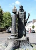 Fritzlar, Bonifatiusdenkmal