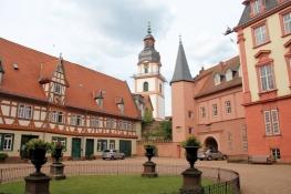 Erbach, im Schlosshof