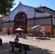 Millau: Markthalle