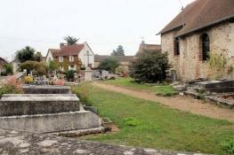 Kirchhof in Bernières-sur-Seine