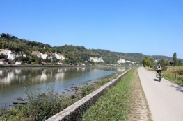 An der Seine bei Sahurs