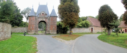 Auberville-la-Manuel, Schloss