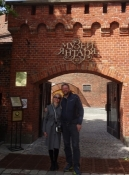 Sammen med min guide foran Ravmuseet/With my guide in front of the Amber museum