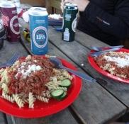Traditionen tro er det pasta med kødsovs/Itʹs the traditional pasta bolognese