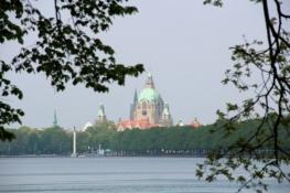 Hannover, Neues Rathaus vom Maschsse