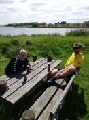 Ølpause ved Mjels sø, her Bernhard og jeg/Beer break at Mjels lake, here Bernhard and I