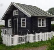 Hytten har nemt plads til seks personer/The cottage easily accommodates six people