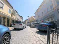 Moosburg, Weingraben
