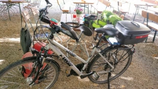 Packen der Räder in Mainburg