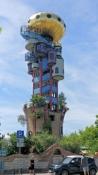 Abensberg, Kuchlbauer-Turm von Hundertwasser