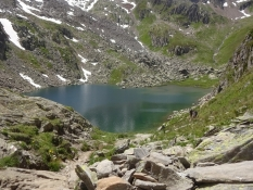 Weʹve made the goal of our hike - the lake Toma at an altitude of 2,300 m