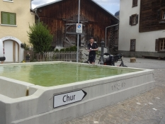 Fast jedes Dorf hat einen Brunnen mit kühlem Quellwasser zum Trinken