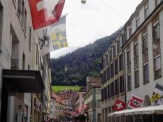Ein Blick in die Poststrasse, eine der Haupteinkaufsstraßen der Altstadt