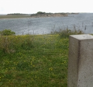 The pedestal on the very tip of the spit of Knudshoved