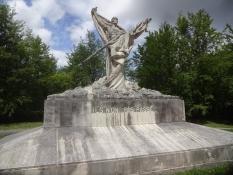 Auf dem Monument auf dem Hügel Toter Mann steht zu lesen: Ils non pas passé. Sie kamen nicht durch