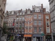 Namur ist eine farbenfrohe Stadt und die Hauptstadt Walloniens