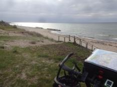 An diesem Strand nahe Gilleleje badete ich das erste Mal auf der Tour
