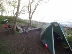 Mein Zelt stand im Wald ganz nah an der Waterkant