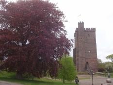 Dieser wiedererbaute Turm erinnert an die mittelalterliche Festung von Helsingborg