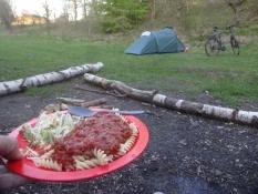 Mein bescheidenes Abendessen auf dem prima Zeltplatz von Örnbjerg Mühle