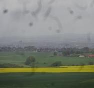 Die Aussicht aus 121 m Höhe in Richtung Horsens war trüb im Landregen