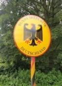 Schild  an der ehemaligen deutsch-niederländischen