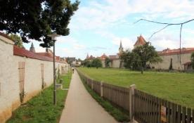 Berching, zwischen Stadtmauer und ehem. Franziskanerkloster